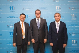 Jack Ma (left), Roberto Azevêdo (WTO, centre) and <p>Rick Samans (WEF) launch the e-commerce initiative. <p>Photo: WTO