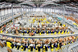 Amazon's giant warehouse in Hemel <p>Hempstead, near London