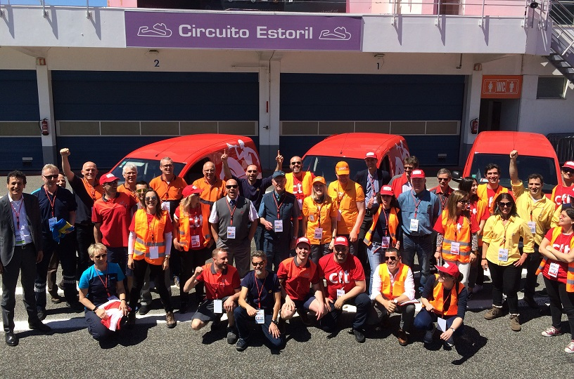 The 2018 IPC Drivers' Challenge teams at the sunny Estoril racetrack
